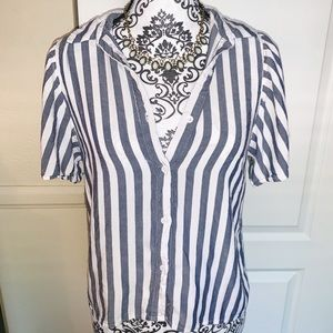 Forever 21 Contemporary Striped Shirt SIZE LARGE